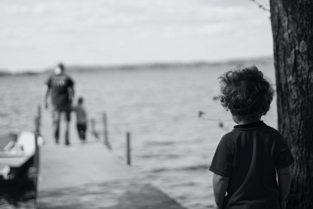 el síndrome del niño invisible