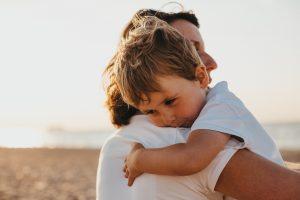 el apego seguro y cómo conseguir una vinculación sana con tu hijo